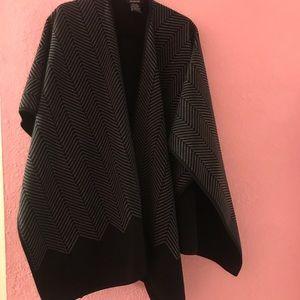e0fc0a1ff3c1 Black and Grey  Poncho  Shawl Wrap